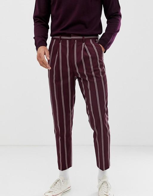 ASOS DESIGN - Pantalon habillé fuselé à fines rayures - Bordeaux