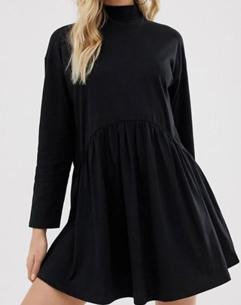 Robe noire col montant